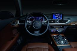 奥迪汽车内饰 - 基于NVIDIA® (英伟达™) 的数字仪表与导航系统。