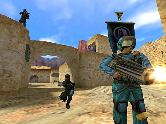 《絕地要塞 (Team Fortress) 》最初來自於九○年代的《雷神之鎚 (Quake) 》